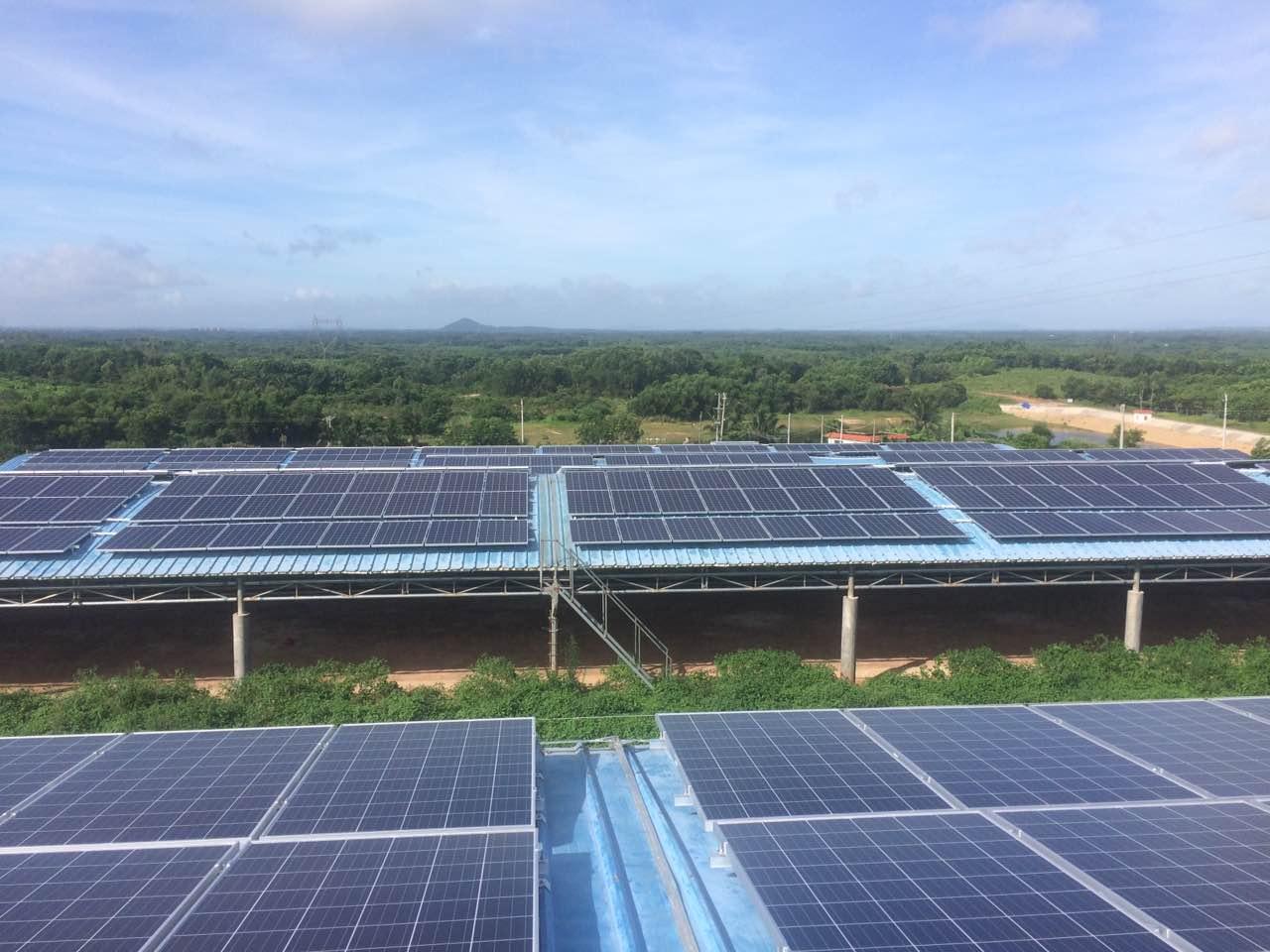 南网能源旱鸭基地4.67MW光伏发电EPC总承包项目